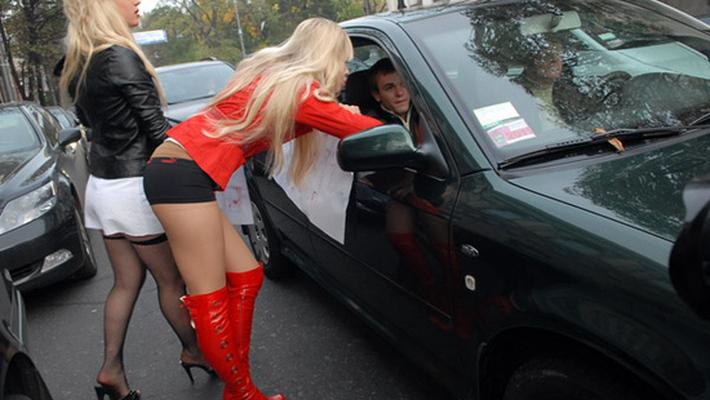 идти ли к проститутке